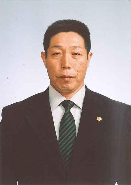 秋田県表装技能士会会長。全技 ...